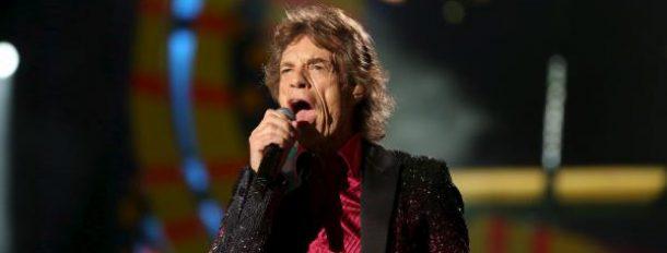 «Nous savons que pendant toutes ces années cela a été difficile d'écouter nos chansons. Mais aujourd'hui on est là», a hurlé le tonitruant Mick Jagger au public cubain.  REUTERS/Alexandre Meneghini