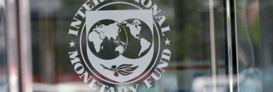 """Le FMI a relevé sensiblement mardi ses prévisions de croissance pour la France de 1,1% à """"près de 1,5%"""", s'alignant sur l'objectif gouvernemental, et appelé Paris à aller plus loin que la loi El Khomri pour réformer le marché du travail.  © AFP/Archives MANDEL NGAN"""