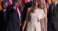 Donald Trump, entre son fils Barron et son épouse Melania, le 9 novembre 2016 à l'hôtel Hilton de New York  © AFP/Archives Timothy A. CLARY