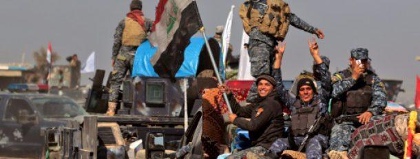 Les forces irakiennes se regroupent dans le village d'Al-Bousseif, au sud de Mossoul, e 22 février 2017  © AFP AHMAD AL-RUBAYE