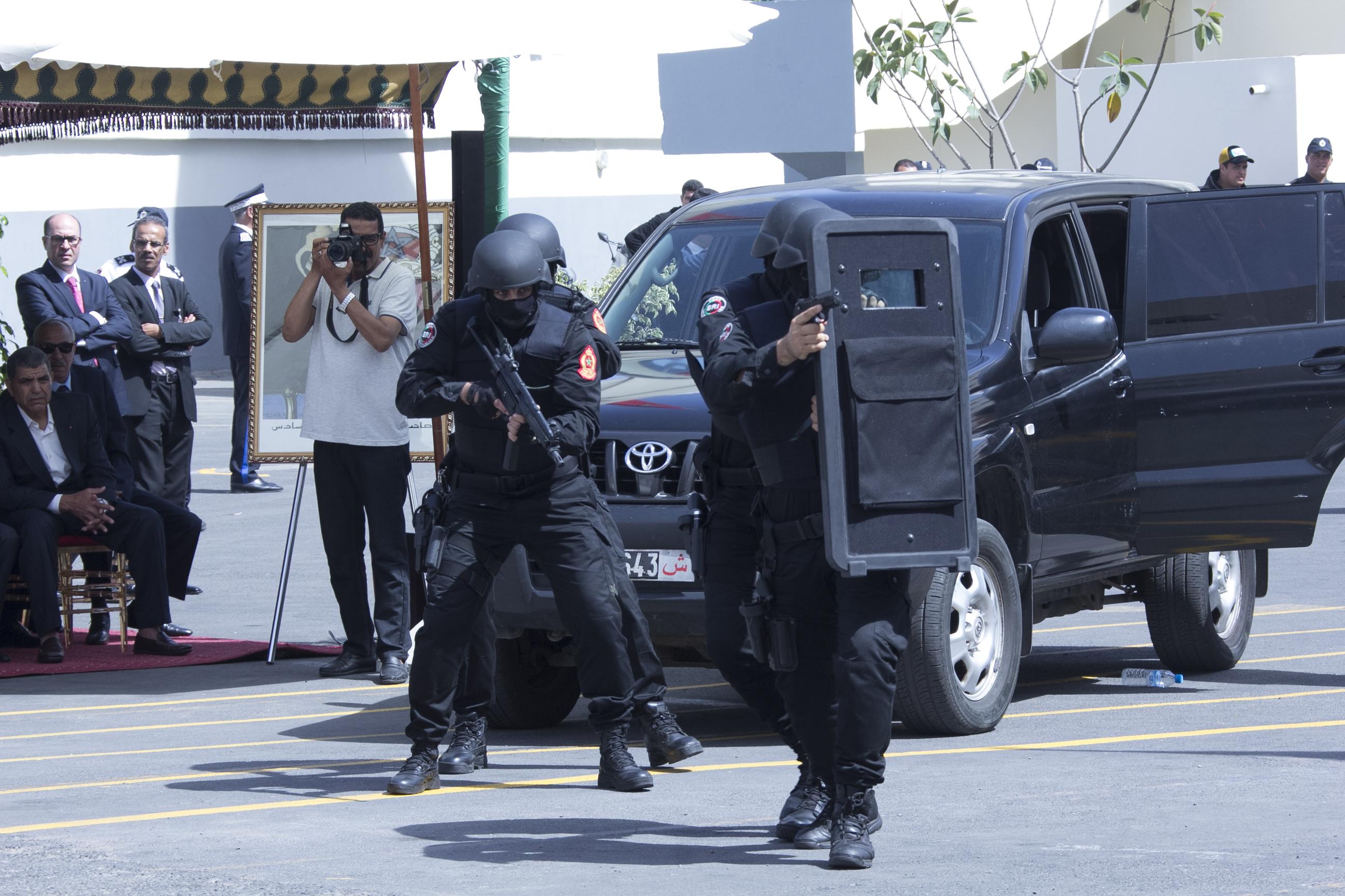 Moroccan Special Forces/Forces spéciales marocaines  :Videos et Photos : BCIJ, Gendarmerie Royale ,  - Page 10 Police-1