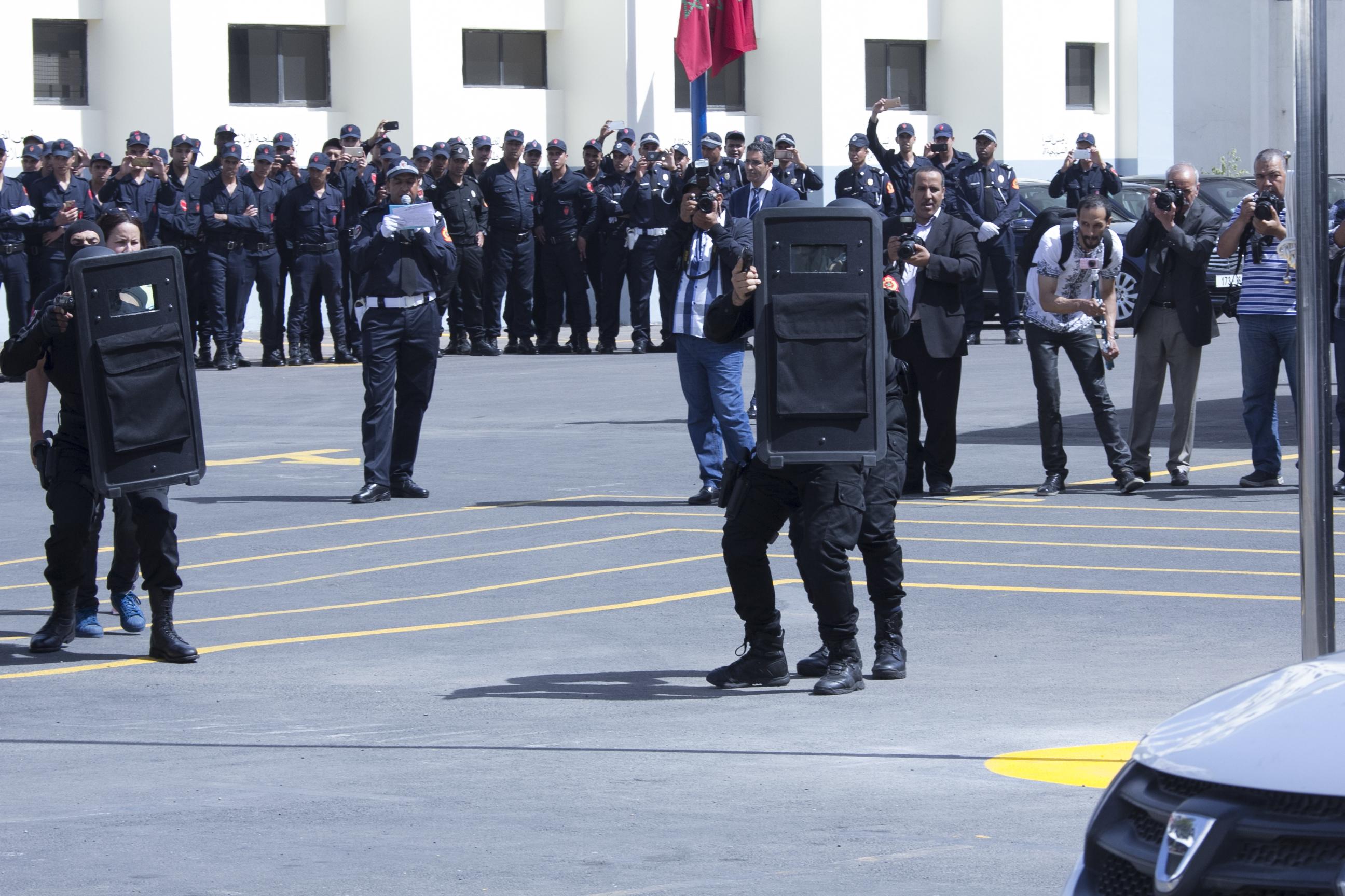 Moroccan Special Forces/Forces spéciales marocaines  :Videos et Photos : BCIJ, Gendarmerie Royale ,  - Page 10 Police-4