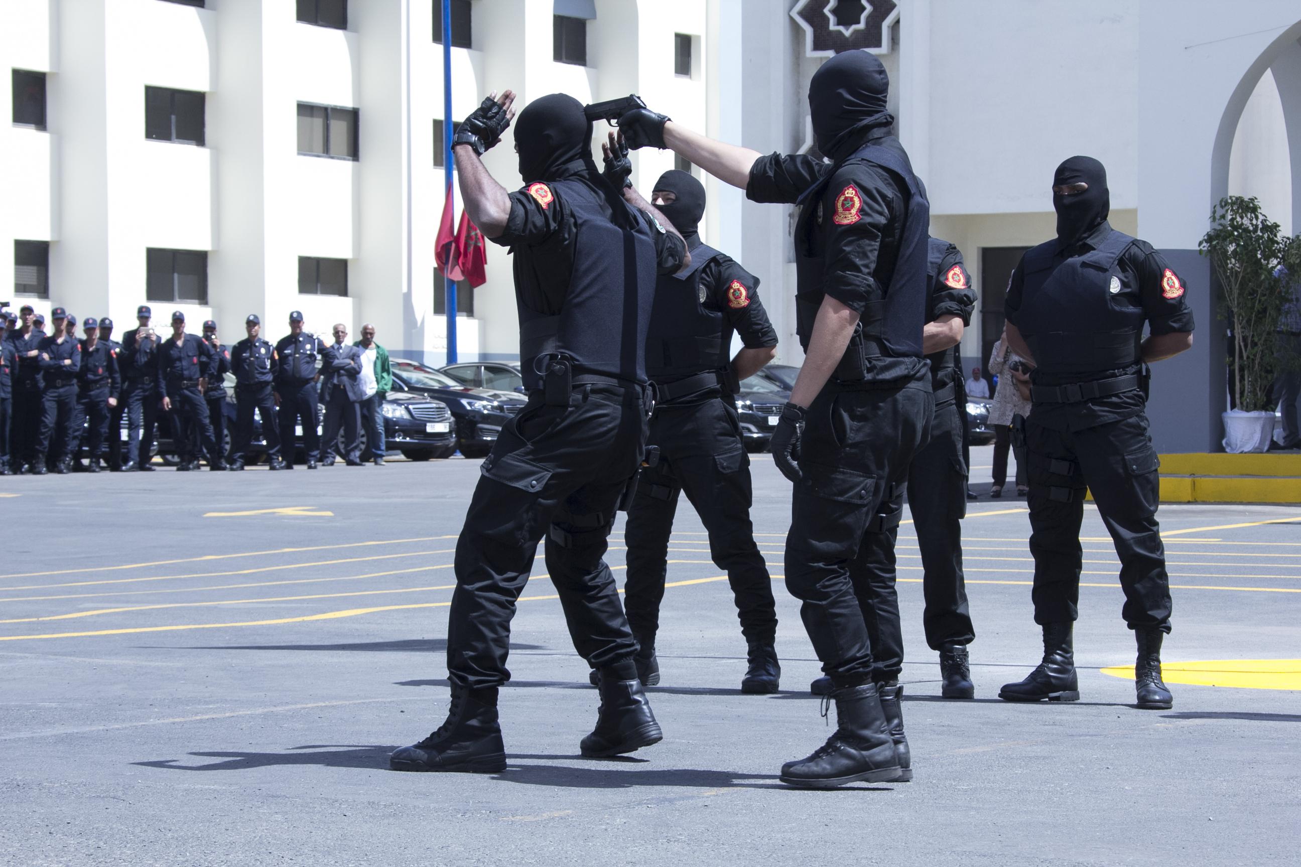 Moroccan Special Forces/Forces spéciales marocaines  :Videos et Photos : BCIJ, Gendarmerie Royale ,  - Page 10 Police-94