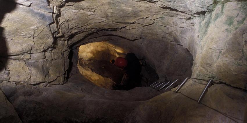 Encore une mort tragique dans une mine clandestine - La nouvelle mine ...