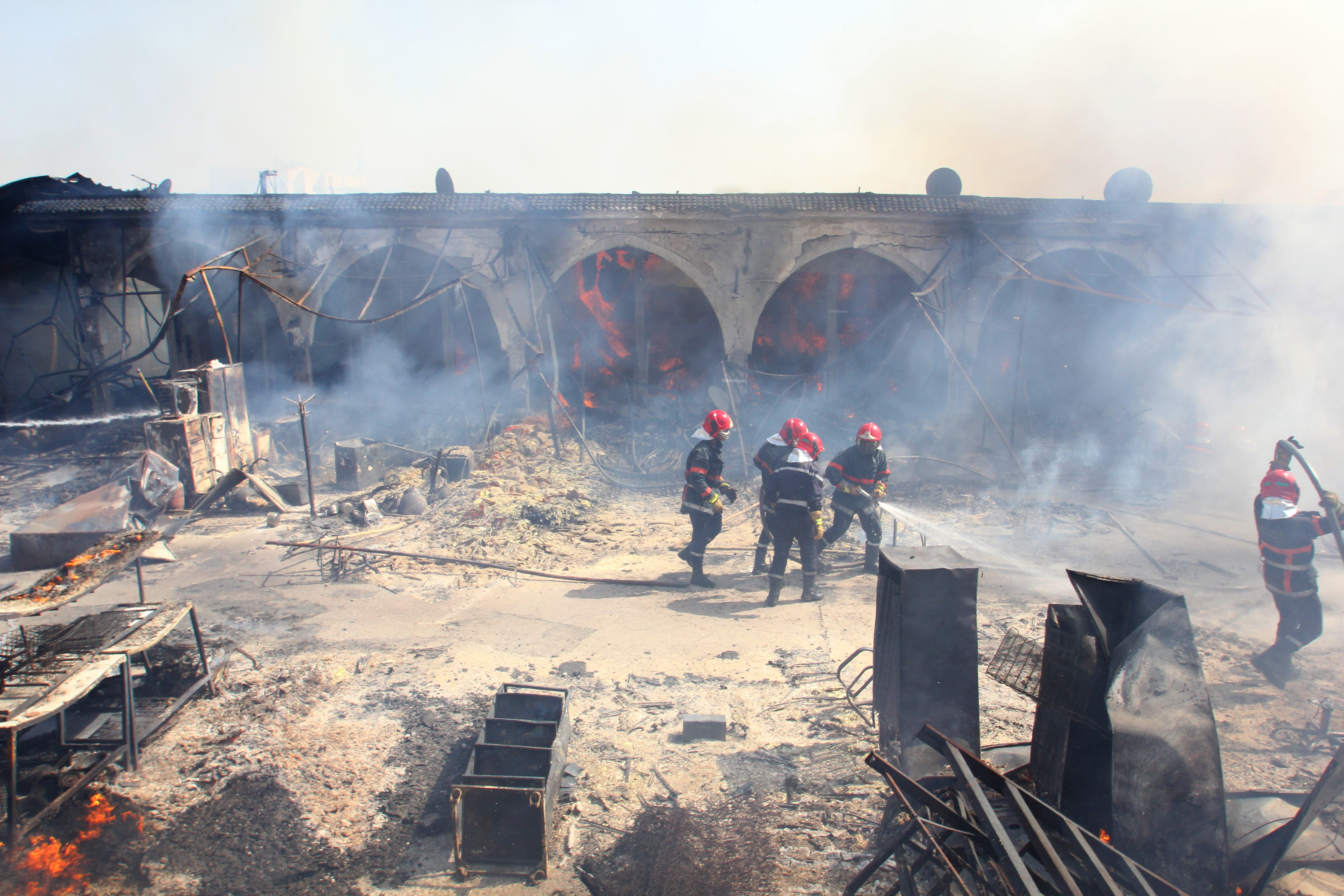 Incendie dans un souk à Hay Hassani